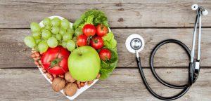 ăn nhiều rau xanh, trái cây để bảo vệ tim mạch